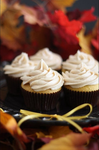 Pumpkin Spice Cupcakes with Cinnamon Maple Cream Cheese frosting