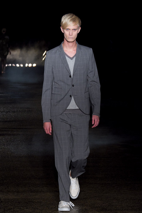 SS11_Tokyo_Davit MEURSAULT015_Nicolai Haugaad(Fashionsnap)