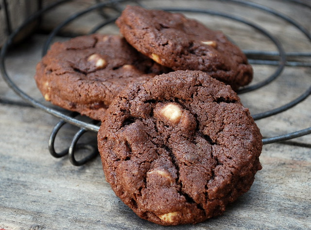 Black & White Chocolate Cookies 3