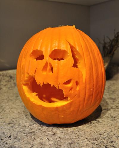 Skulls pumpkin