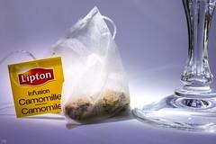 Relaxation - Macro Mondays -MM (YᗩSᗰIᘉᗴ HᗴᘉS +6 500 000 thx❀) Tags: relaxation macromondays macro tea teatime lipton camomille macromondayshmm hmm mm canon canoneos7dmarkii hensyasmine
