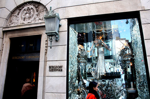 bergdorf goodman xmas window display 2009