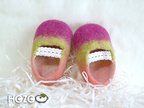 27_baby shoes