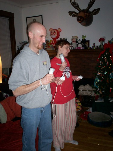 erica and baldman playing the wii