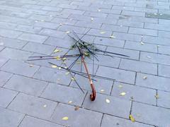 paraguas 01 (Sap__) Tags: sad umbrellas paraguas tristes