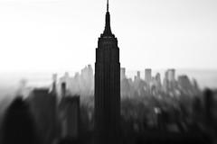 empire state (mintyfreshflavor) Tags: newyork lensbaby manhattan explore empirestatebuilding topoftherock explore14 exploretop100 2010yip