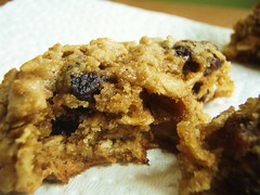 27 - quaker oats oatmeal raisin cookie