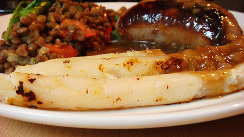 Sausages, lentils and salsify
