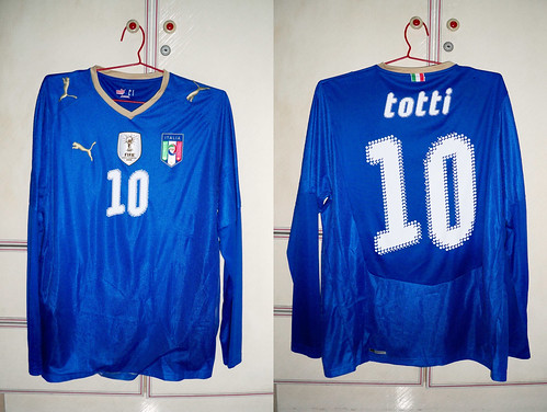 Italy 2008-2009 Home L/S (TOTTI)