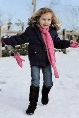 (joyrex) Tags: winter snow colors blijdorp sneeuw twin portret roze paars kleuren