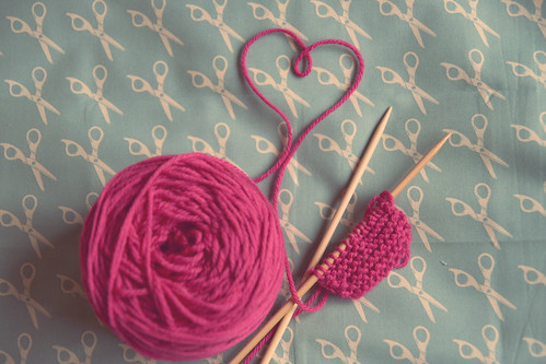 i think i'll ♥ to knit...