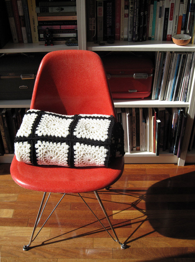 thrifted:  crochet blanket