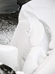 Dangerous snow (Jan Egil Kristiansen) Tags: snow edge overhang  img5571