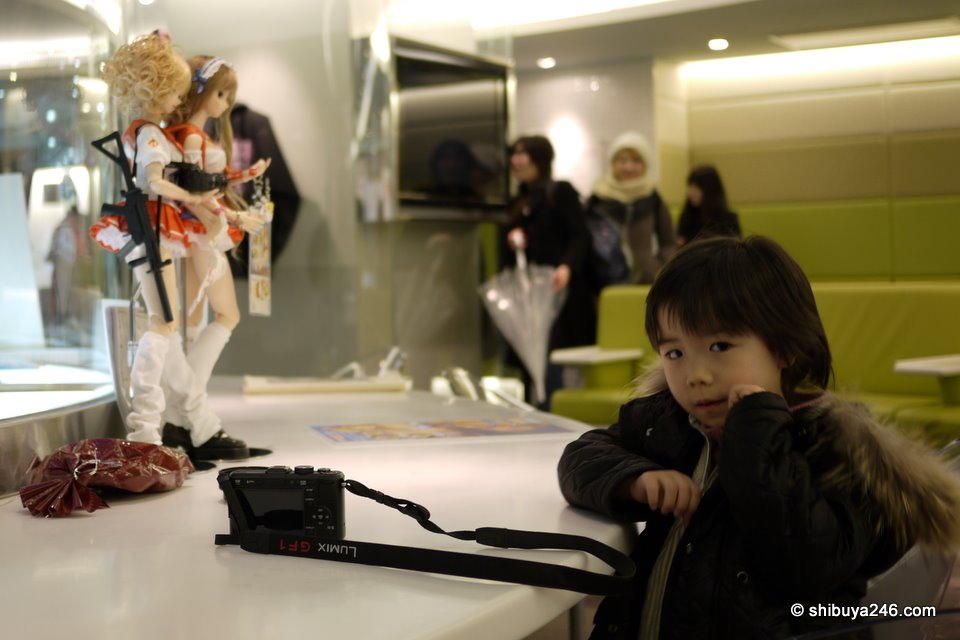 You are never too old and never too young to be interested in otaku. Nice to see all age groups getting a chance to enjoy.