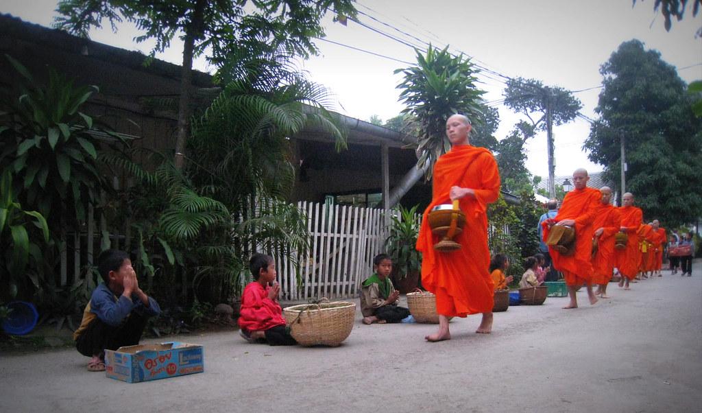 Le Tak Baat à Luang Prabang