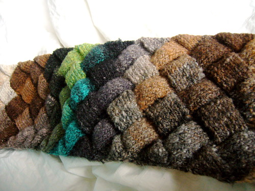 finished: entrelac scarf.