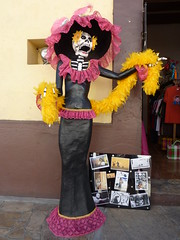 Walking around San Cristobal - love these Mexican skeletons!