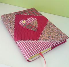 Capa patchwork (Mente Feminina) Tags: crazy patchwork apliques patchcolagem