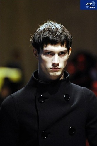 Theo Hall3025_FW10_Milan_PRADA(APF BB News)