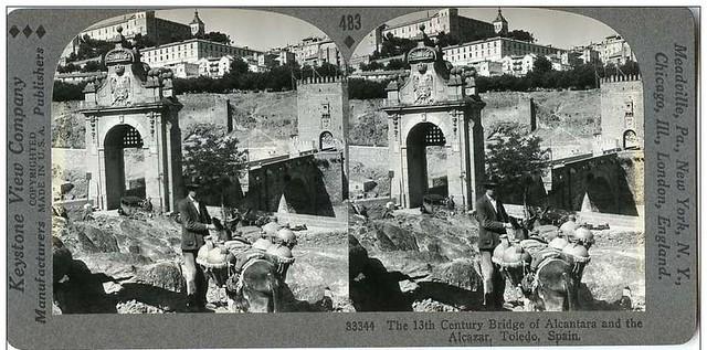 Fotografía estereoscópica del Puente de Alcántara. Casa Keystone. Fotografía tomada por George Lewis el 13 de agosto de 1931