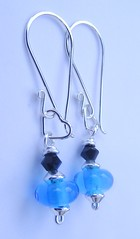 11.3 069 (Glittering Prize - Trudi) Tags: uk blue black glass beads handmade jewellery swarovski earrings jewelery trudi lampwork sra sterlingsilver glitteringprize