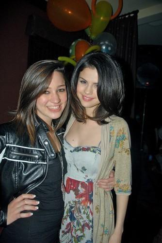 kristen rodeheaver and justin bieber. Selena Gomez and Kristen