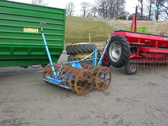 farm equipment (ronnie.cameron2009) Tags: scotland sale scottish farmequipment mart dingwall scottishhighlands rossshire roup highlandsofscotland rosscromarty auctionmart countytown humberston scottishhighalnds dingwallrosscromarty scottishhighlandsofscotland