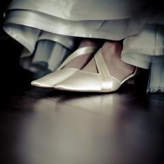 Wedding / Bruiloft (siebe ) Tags: wedding holland detail love dutch shoe bride shoes nederland thenetherlands schoen trouwen bruiloft trouwdag bruid wwwmooietrouwreportagesnl