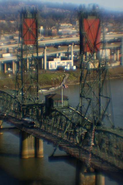 hawthorne bridge, soft focus