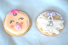 bebitas y baberos (Dulce Alicia Cupcakes) Tags: baby argentina cookies shower artesanal rosario nena cumpleaos galletas tematico casero decoradas babyshowersil