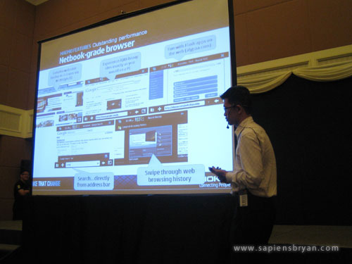 Nokia N900 demonstration by Glen Cha, Nokia Product Manager