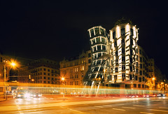 Dancing House (Philipp Klinger Photography) Tags: street light house motion blur car architecture night ginger nikon europe long exposure republic dancing czech prague tram prag praha praga tschechien novmsto trail fred cz philipp frankgehry vltava neustadt fredandginger republika nove moldau klinger mesto ceska esk vladomiluni d700 dcdead vanagram