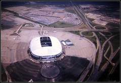 Texas Stadium in Irving (by: Steven Wagner, creative commons license)