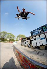Teddy - Flip (M.C. Production) Tags: mushroom nikon teddy fisheye skatepark flip skate skateboard production kickflip d60 melun opteka