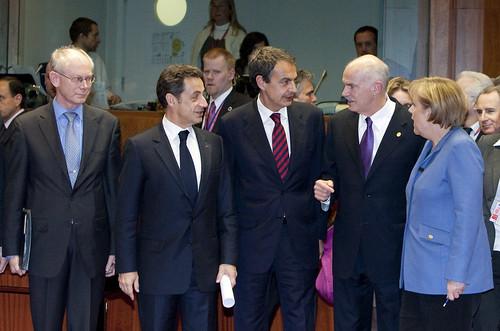 Merkel, Sarkozy y Zapatero en una cumbre europea