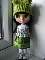 Blythe handmade 'boho' dress and handknit pom pom trim hat