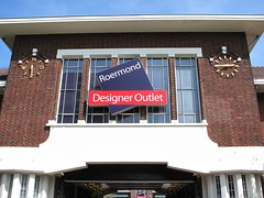 Outlet in Roermond (cc by-nc-nd 2.0) vinylmeister / flickr.com