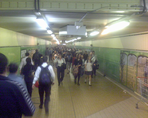 Evening peak hour, Central