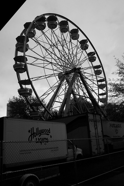 ferris wheel, cinco de mayo 2010