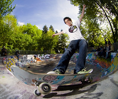 Maxime Nicolas - Frontside Feeble Grind (TimoT) Tags: park shop canon concrete eos la ramp all ride skateboarding snake board tag graf nine rad wheels indy tags bowl front fisheye skatepark independent nicolas skate tranny sector skateboard quarter trucks rough transition bol 8mm avril grind printemps maxime nantes 44 skateboarder frontside fs thrasher 2010 cuillre graffitis baule peleng bton rampe coping feeble proc playart 400d raide