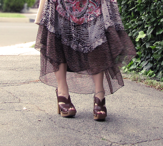 miu miu clog sandals+70s dress