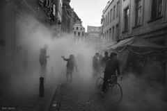 Foggy Day in the streets of Brussels (Ben Heine) Tags: life street windows brussels people blackandwhite mist art monochrome bike silhouette fog architecture bar danger fire photography vanishingpoint pub nikon europe escape d70 pavement path faades smoke crowd bruxelles atmosphere explore route story instant walls moment rue oldtown frontpage everydaylife brouillard vlo feu vie oldfashioned trottoir fentres fume theartistery mywinners abigfave benheine archshot childrenbestphotos