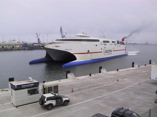 Milenium Dos, Primer atraque del Muelle Ribera II