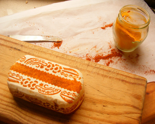 Henna-Patterned Spiced Cream Cheese