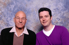 Patrick Stewart and Me Photoshoot (TravelShorts) Tags: miltonkeynes xmen actor captainpicard startrekthenextgeneration patrickstewart collectormania showmasters