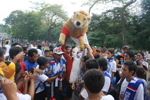 4654779724 abea52f948 Foto   foto Aremania di Senayan