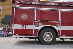 DSC_3562 (Adam the Walker) Tags: family picnic parade popcorn firemen newburg