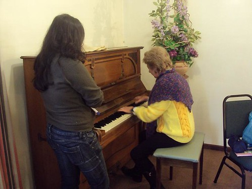 A abertura dos trabalhos - Cissa ao piano!! Foto: Solange Cristiny
