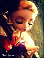 sleeping beauty (Carol Parvati ) Tags: sleep alice pullip bratz sleeeping craziia p4f carolparvati