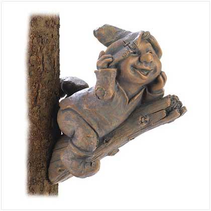 39700 Merry Gnome Tree Decor $10.95